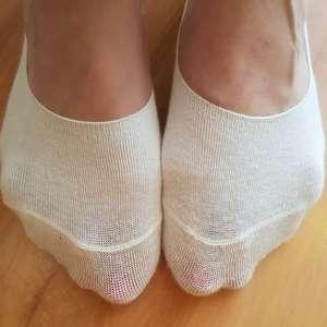BÍLÉ ponožky + fotky z nošení + sport v ceně