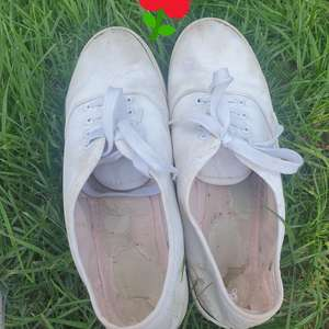 Prochozené botičky